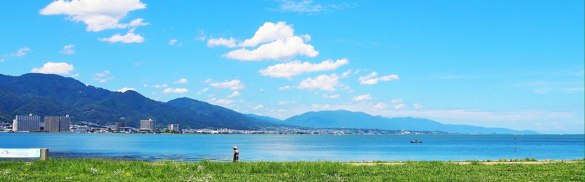 滋賀県の琵琶湖の様子