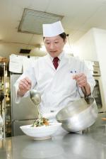 彦根キャッスルホテル 日本料理「橘菖」総料理長 足立卓也さん
